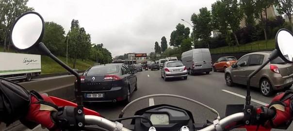 circulation interfile en moto